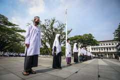 Wali Kota Bandung minta santri sukseskan program vaksinasi Covid-19